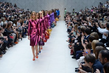 burberry-prorsum-womenswear-spring-summer-2013-show