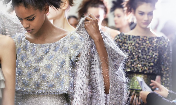 chanel-spring-summer-2014-haute-couture-backstage-01