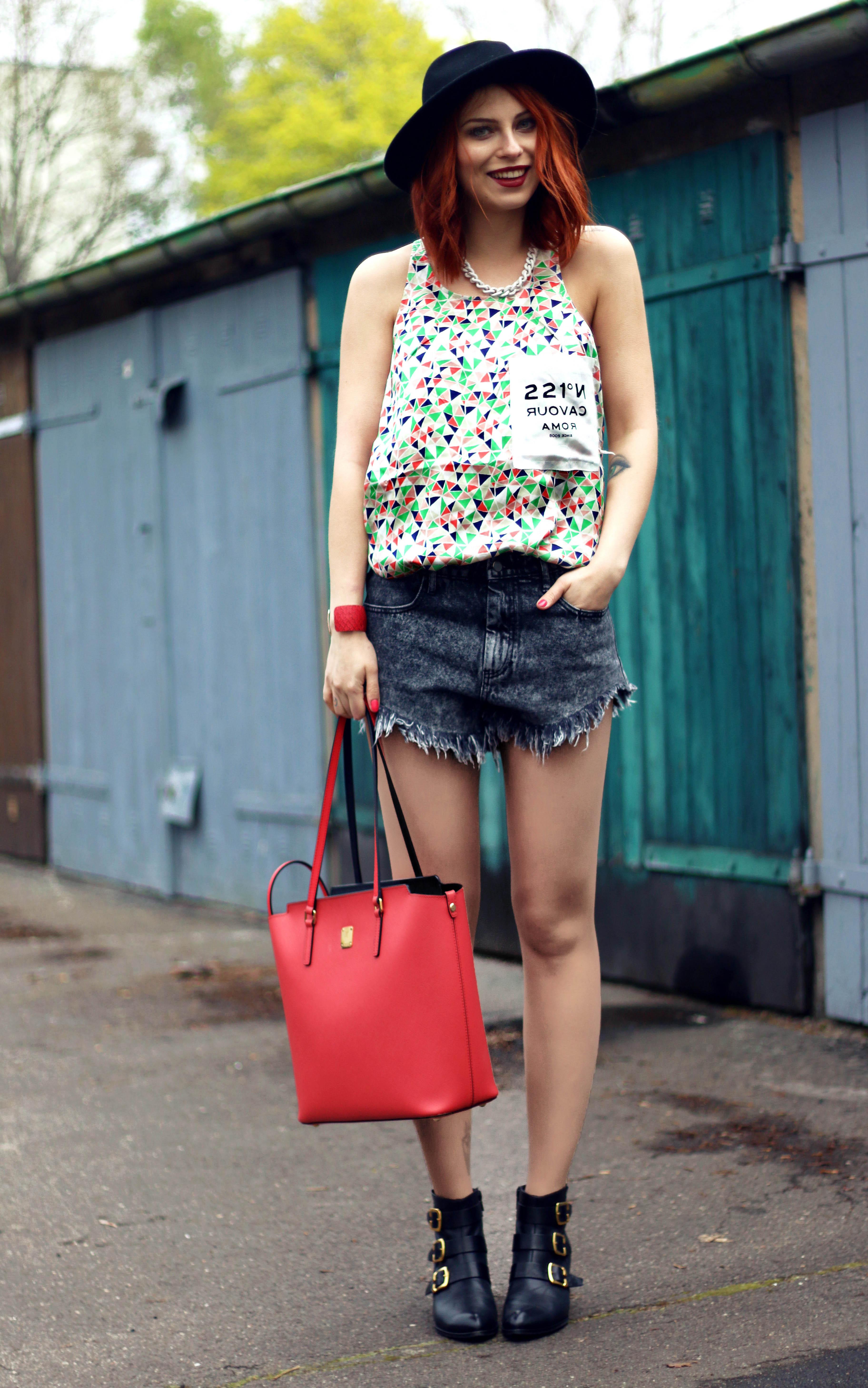 MashaSedgwick_Buntes_outfit_Sommer6