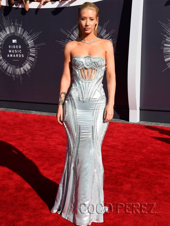 iggy-azalea-mtv-video-music-awards-vmas-2014-red-carpet-orig1(1)__oPt