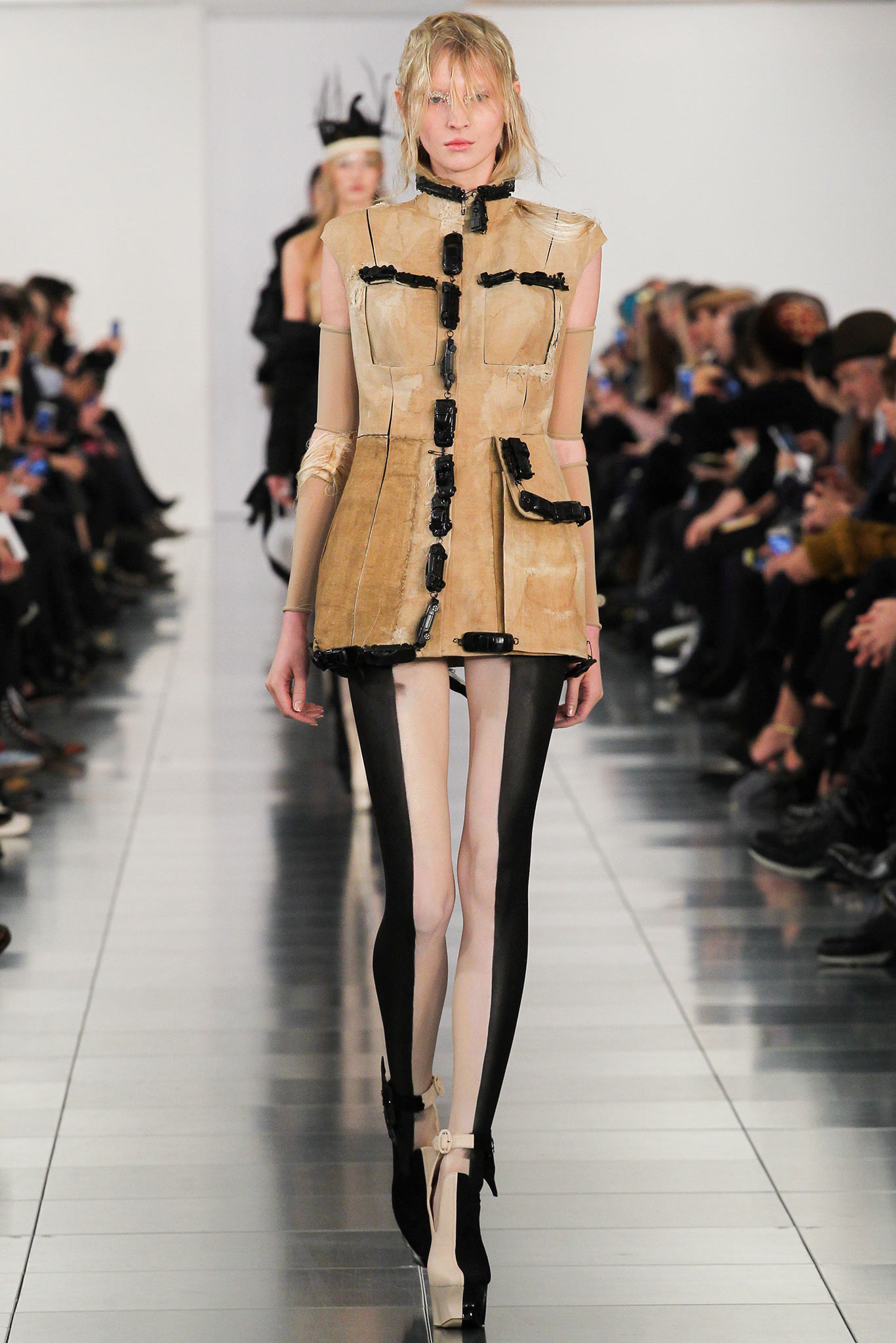 He then finished the show by coming out in classic margiela manner