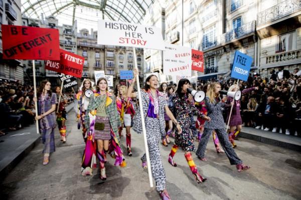 chanel-spring-2015-paris-fashion-week-glamazons-blog-opener-600x399