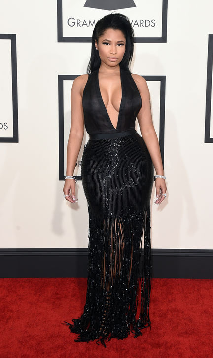 nicki-minaj-black-tom-ford-dress-grammys-2015-h724