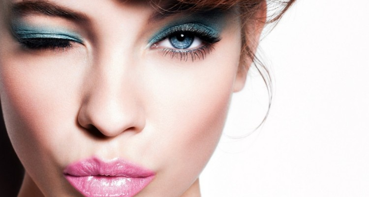 eye-makeup-and-lips_1024x768